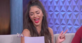 Nicole Scherzinger Sings The ABCs While Impersonating Alanis Morissette