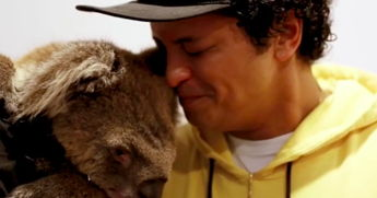 Bruno Mars Gets Flirty With A Koala And Spits His Best Koala Puns In A Hilarious Video