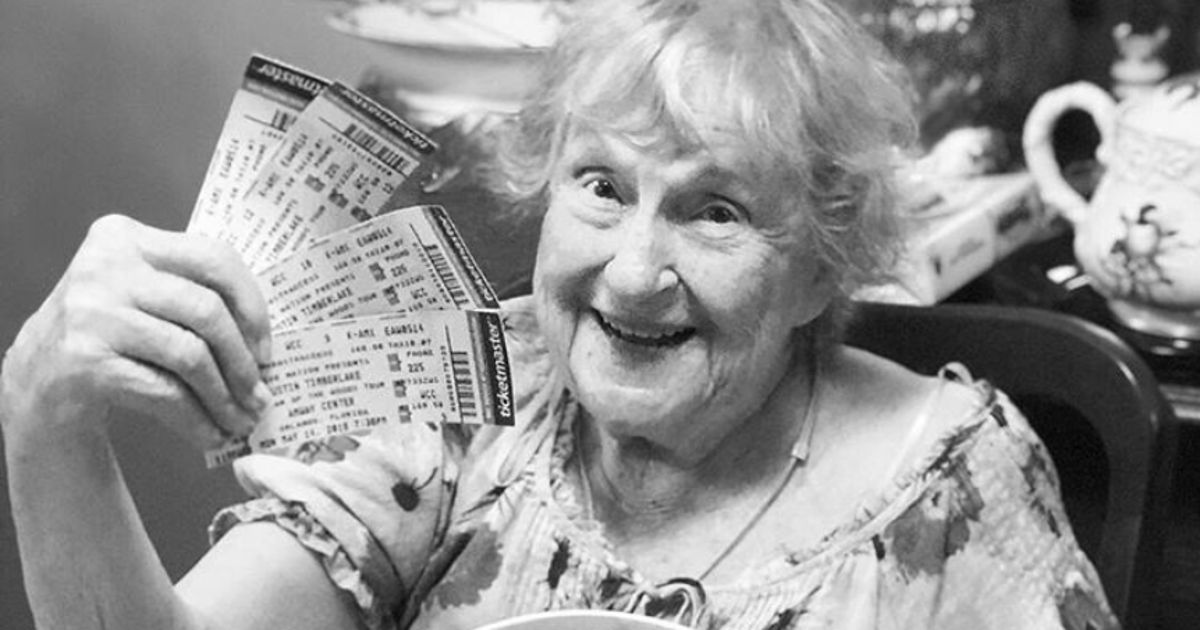 Grandma Has Sweetest Reaction To Receiving Justin Timberlake Tickets